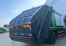 bin lorry using hydraulics